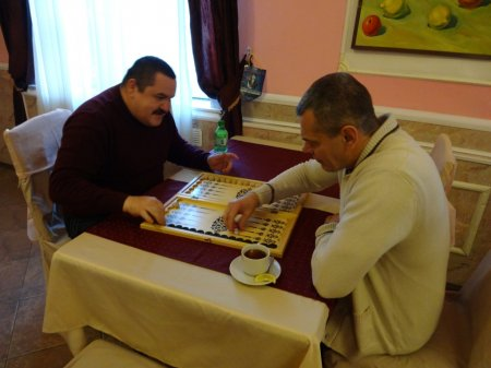 Традиционный турнир по нардам